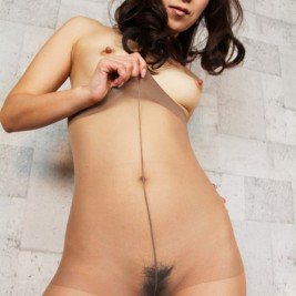 asians pantyhose 28 267x267 Asian girls in pantyhose