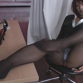 asians pantyhose 4 267x267 Asian girls in pantyhose