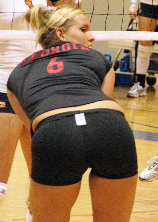 volleyball tight shorts 22 Girls playing volleyball in tight shorts