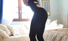 sexy-girl-in-tight-black-pants