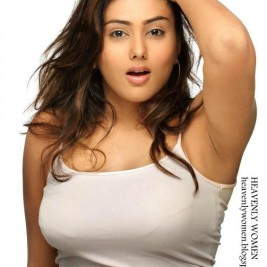 indian girl tight shirt 24 267x267 Hot Indian girls in tight shirts