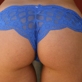 tight fitting lace panties14 267x267 Girls dressed in tight fitting lace panties