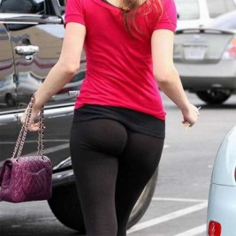 tight ass yoga pants 26 267x267 Tight asses in yoga pants