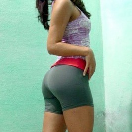 tight shorts 17 267x267 35 photos of hotties wearing tight shorts