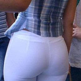 tight white pants 07 260x260 Goddesses in tight white pants