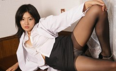 asian-girls-in-pantyhose