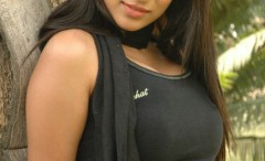 hot-indian-girls-in-tight-shirts
