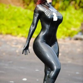tight cosplay costume 13 267x267 Girls wearing tight cosplay costumes