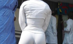 chicks-wearing-tight-white-pants