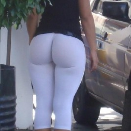 tight white pants 09 267x267 Chicks wearing tight white pants