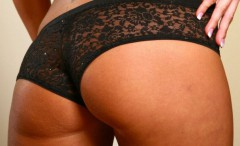 girls-dressed-in-tight-fitting-lace-panties