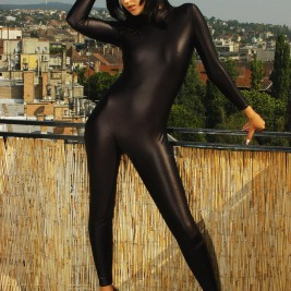 queens of spandex 002 267x267 Sexy girls in spandex clothes