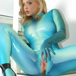 queens of spandex 015 267x267 Sexy girls in spandex clothes