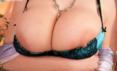 tight_bra_overflowing_tits_15-240x146 Tight bras overflowing with big tits