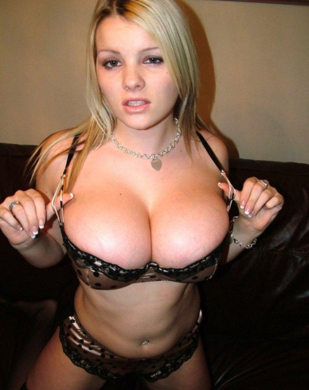 Tight Bras Porno 20