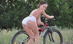 girls-on-bikes-in-tight-clothes