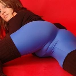 cameltoes tight clothes 03 267x267 Cameltoes on tight clothes