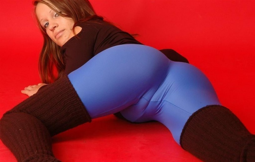 Girl in tight yoga pants with sexy cameltoe