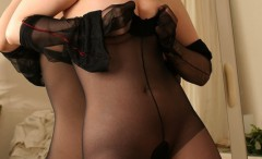 girls-pulling-pantyhose-on-photos