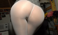 tight-white-pants-44-240x146 Goddesses in tight white pants