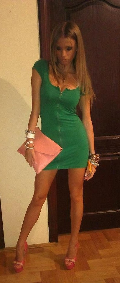 Fresh Photos Of Amateur Chicks In Tight Dresses-1748