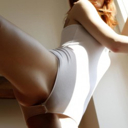 45-photos-of-hot-girls-in-tight-bodysuits