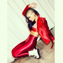 hot-ladies-wearing-shiny-spandex-pants