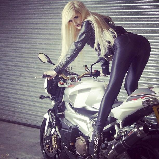 New Pics Of Girls Wearing Spandex Pants-5692