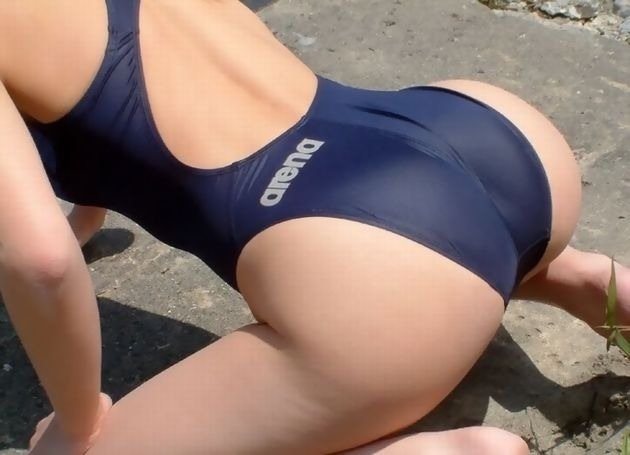 various-girls-in-spandex-clothes