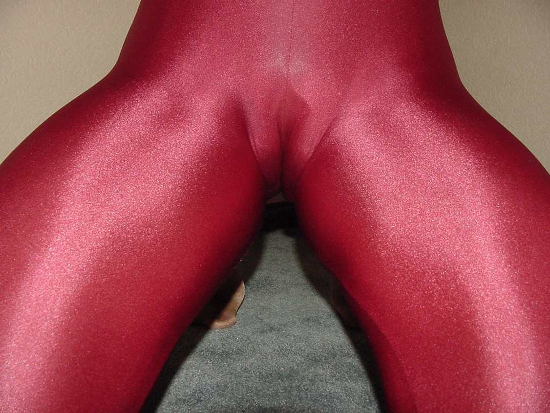 Young pussy in spandex hentai galleries