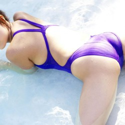 asian-asses-in-tight-swimwear