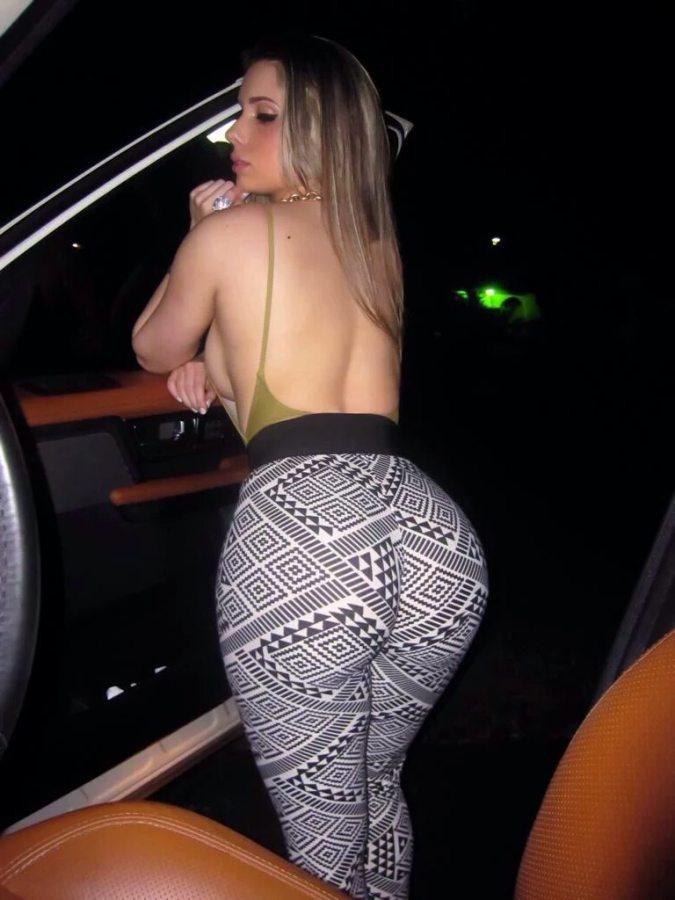 Round ass vids