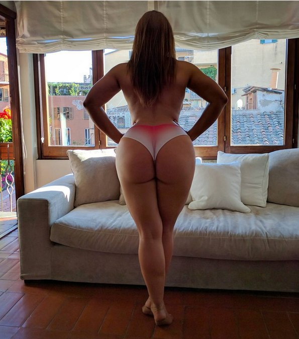 thickgirltightclothes038