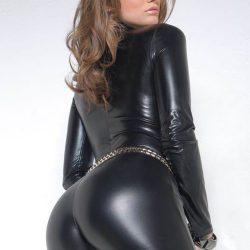 girls-wearing-shiny-pants