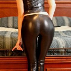 girls-wearing-shiny-pants