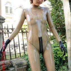 girls-wearing-catsuit