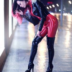 girls-wearing-catsuit